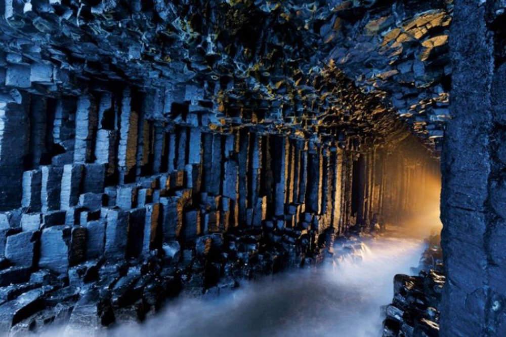 La Cueva de Fingal, escocia.